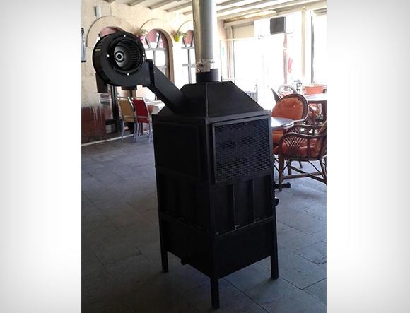 Siyah Renkli T2 Orta Boy Fanlı Soba